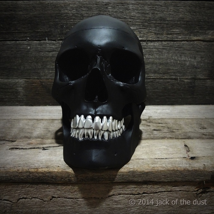 Skull by Jack of the Dust