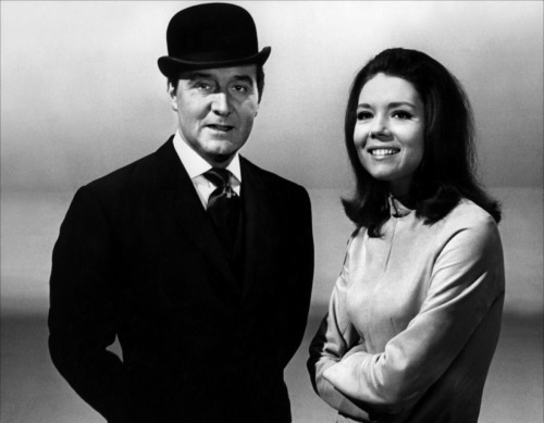 watch patrick macnee and diana rigg in the coolest opening title sequence ever